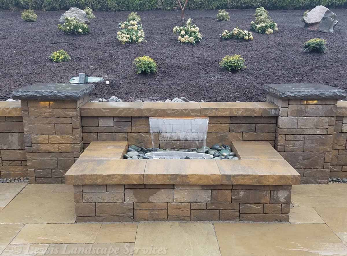 Our-feature-projects-karr-project-colorfalls©-water-feature 001