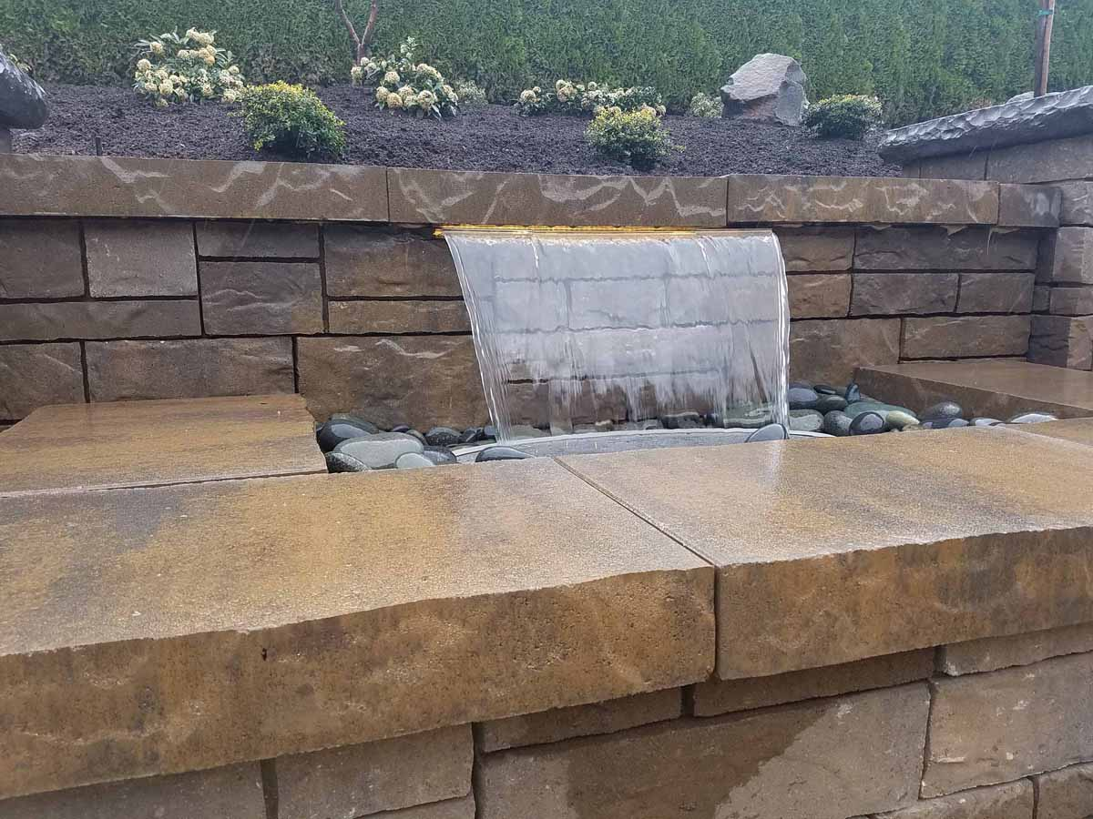 Our-feature-projects-karr-project-colorfalls©-water-feature 004