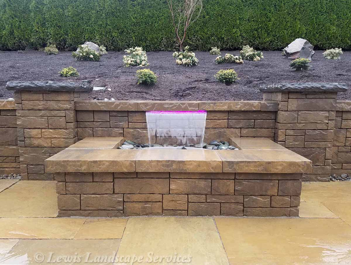 Our-feature-projects-karr-project-colorfalls©-water-feature 007