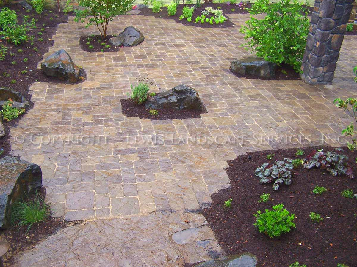 Back Paver Patio, Islands, Plantings
