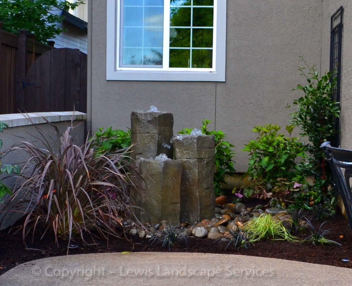 Our-feature-projects-patel-project-front-yard 001