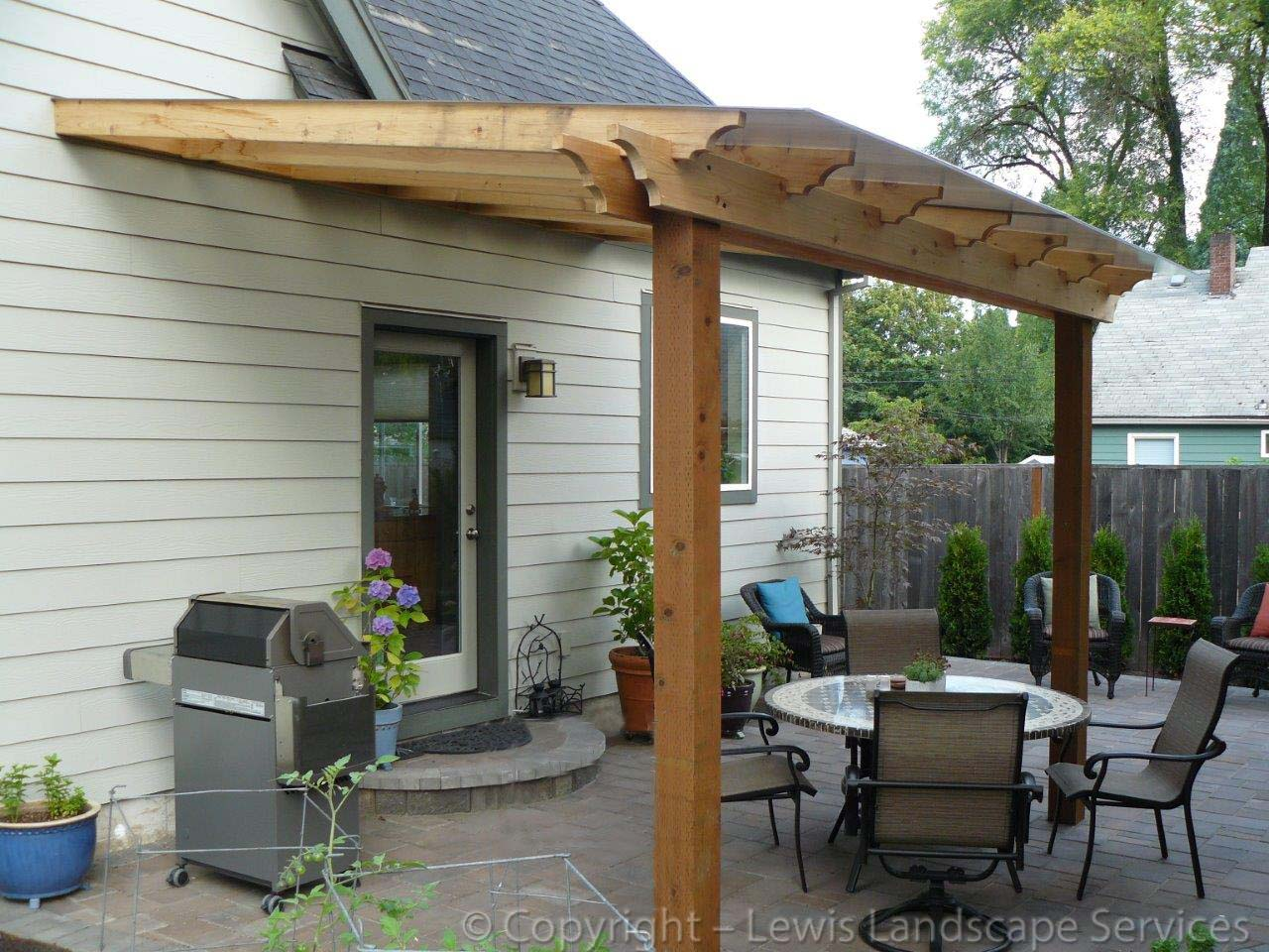 Outdoor-covered-structures-various-options-pergola-with-polycarbonate-roof 001