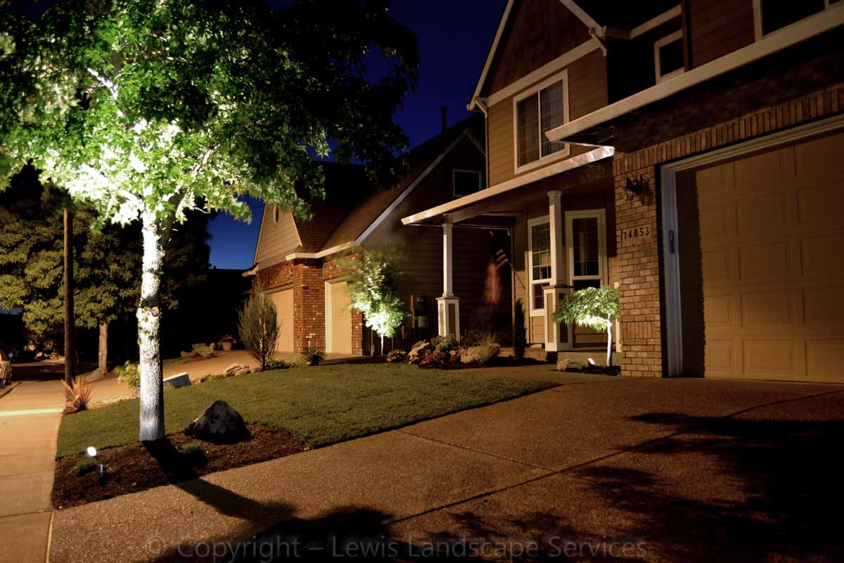 Outdoor-landscape-architectural-lighting-borgens-project-summer-2012 005