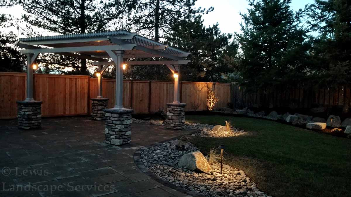 Outdoor-landscape-architectural-lighting-bostock-project-winter-1718 000