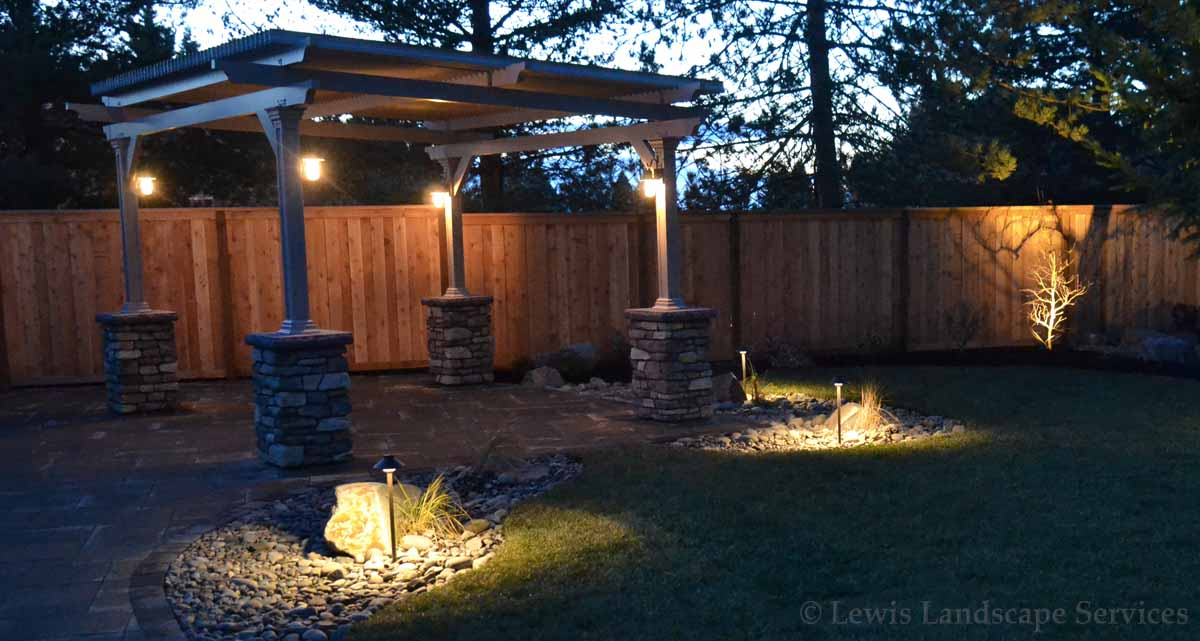 Outdoor-landscape-architectural-lighting-bostock-project-winter-1718 003