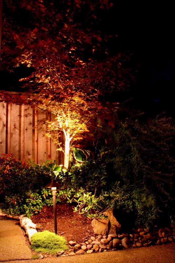 Outdoor-landscape-architectural-lighting-fekete-project-2007 005