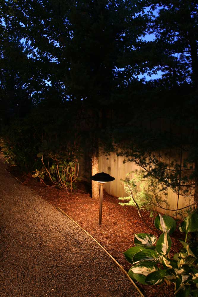 Outdoor-landscape-architectural-lighting-fekete-project-2007 009