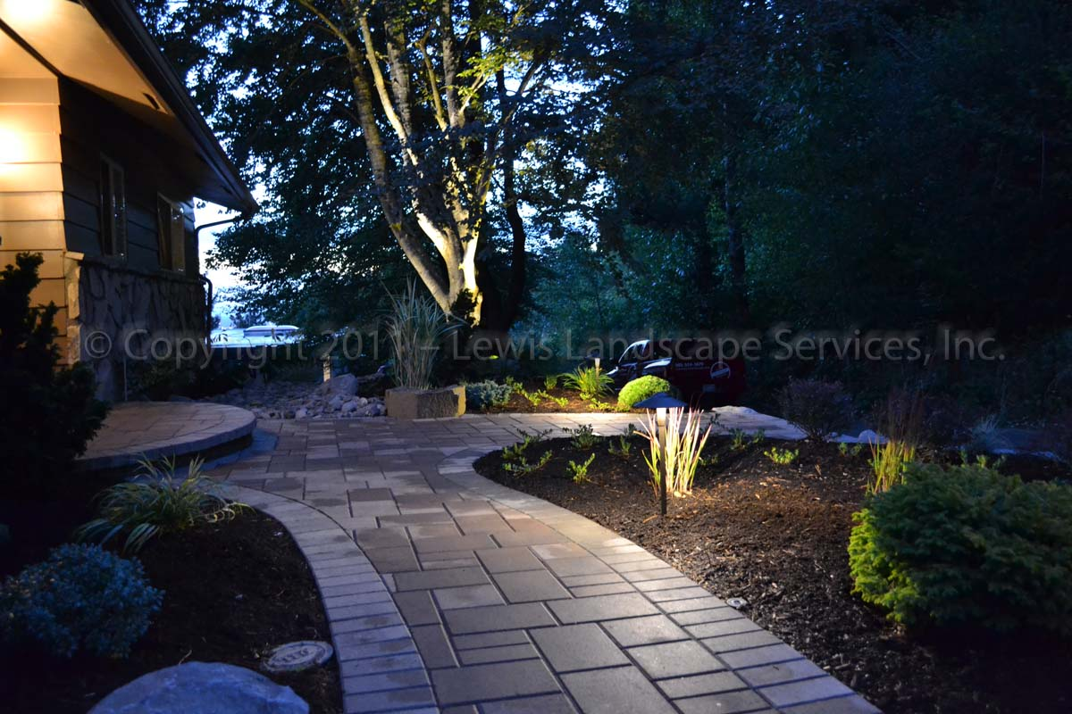 Outdoor-landscape-architectural-lighting-harris-project-fall-2011 002