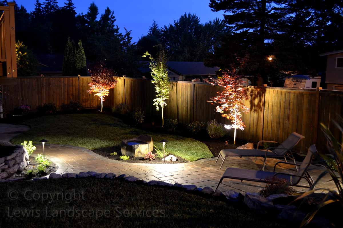 Outdoor-landscape-architectural-lighting-johnson-project-summer-2012 006