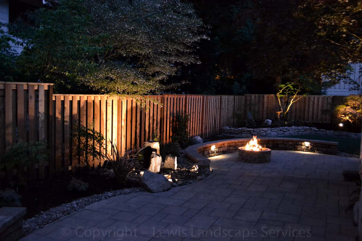Outdoor-landscape-architectural-lighting-lundeen-project-spring-2013 003