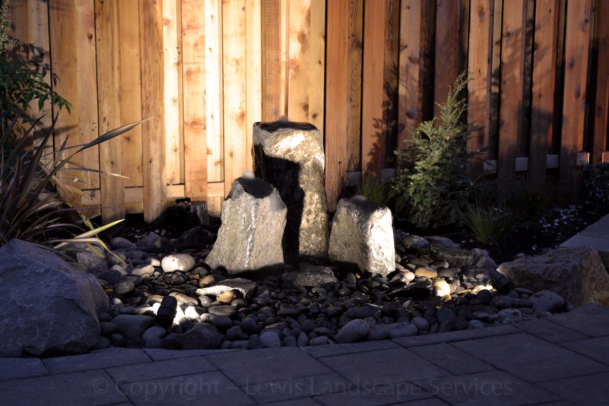 Outdoor-landscape-architectural-lighting-lundeen-project-spring-2013 005