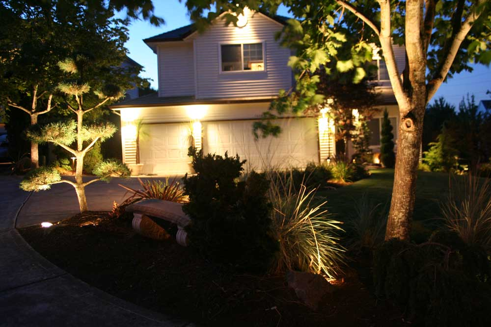 Outdoor-landscape-architectural-lighting-outdoor-lighting-project-in-beaverton-fall-2007 009