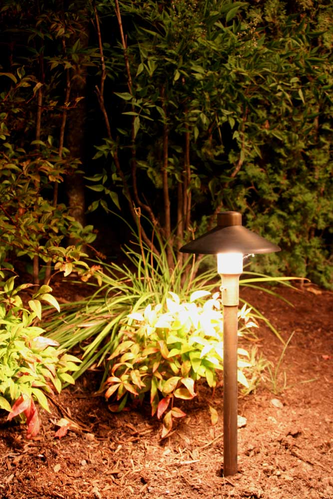 Outdoor-landscape-architectural-lighting-outdoor-lighting-project-in-beaverton-fall-2007 010