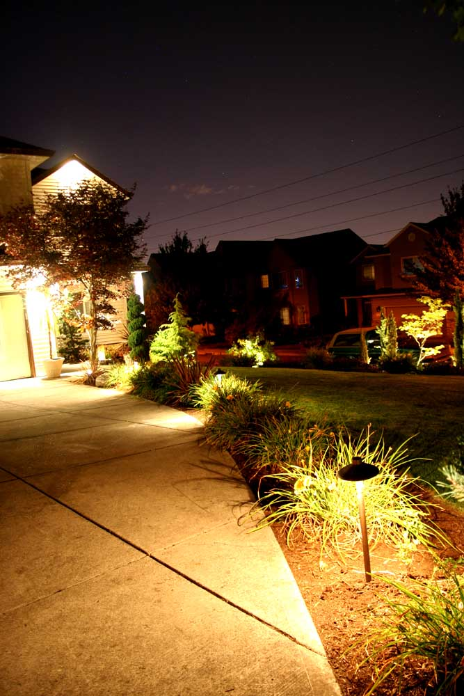 Outdoor-landscape-architectural-lighting-outdoor-lighting-project-in-beaverton-fall-2007 011
