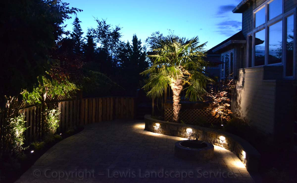 Outdoor-landscape-architectural-lighting-rott-project-summer-2013 001