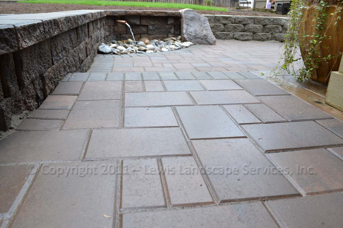 Paver Patio/Pathways, Seating Wall, Water Foutain
