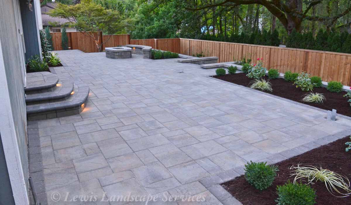 Paver Patio Area & Landscaping