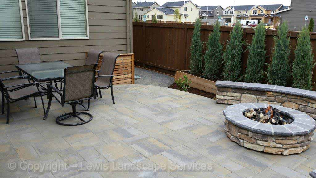 Paver Patio, Gas Fire Pit, Seat Wall
