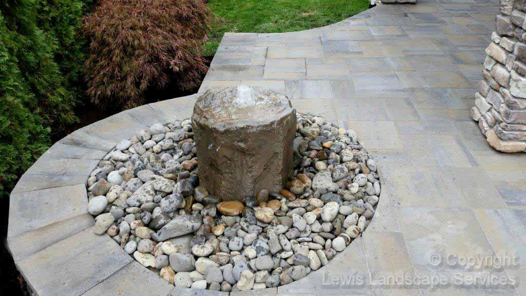 Rock Bubbler Fountain Water Feature
