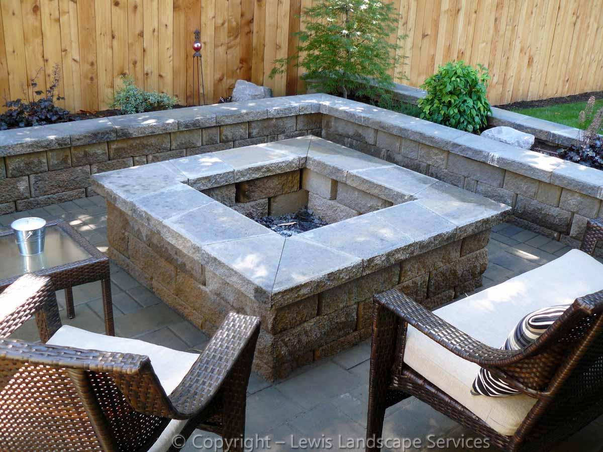 Paver Patio, Seat Walls, Fire Pit, Planter