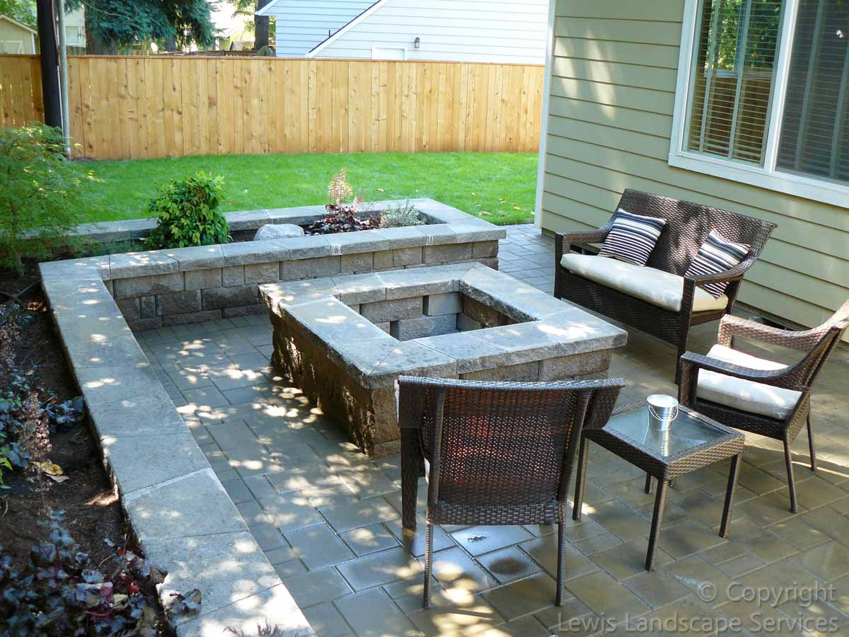 Paver Patio, Seat Walls, Fire Pit, Planter