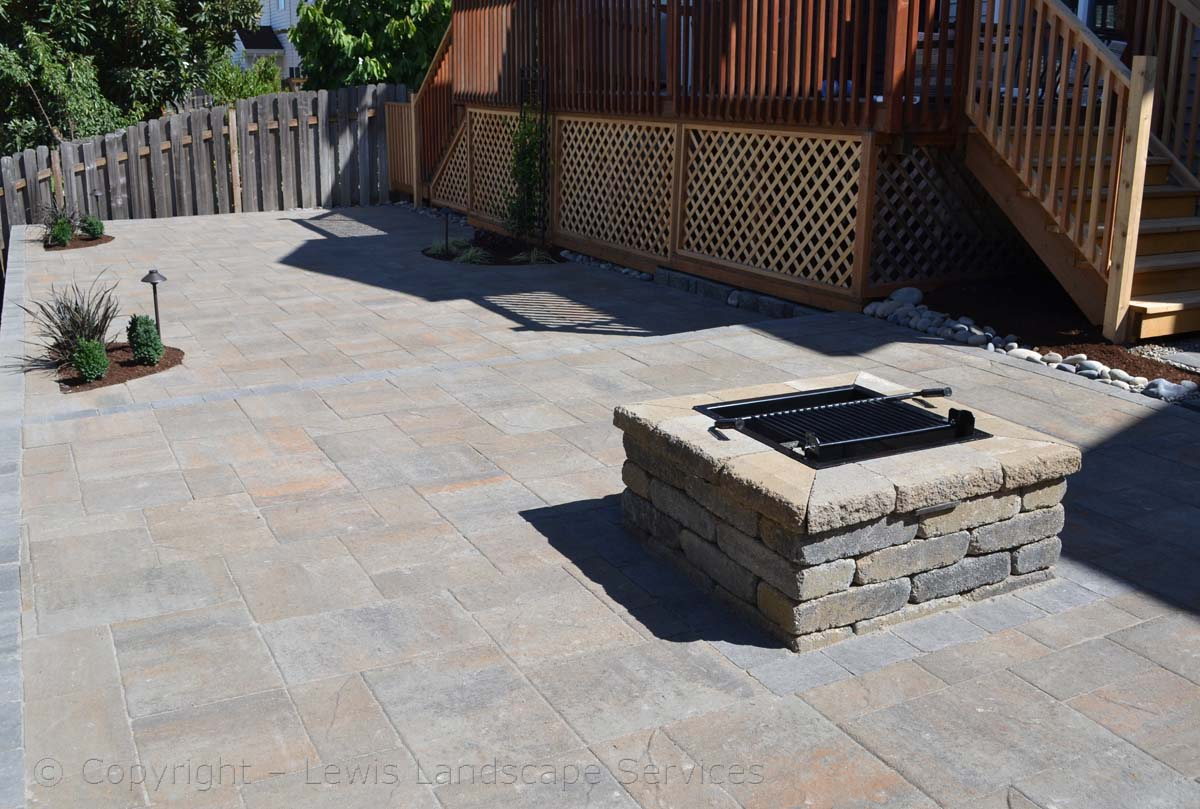 Paver Patio, 2 Levels with Fire Pit