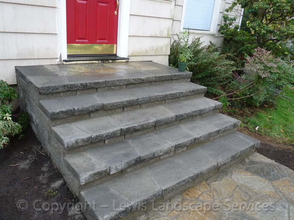 Paver Landing & Steps