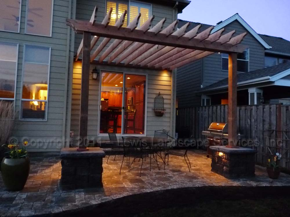 Outdoor-living-spaces-paver-patios-driveways-pathways-furino-project-spring-2011 004