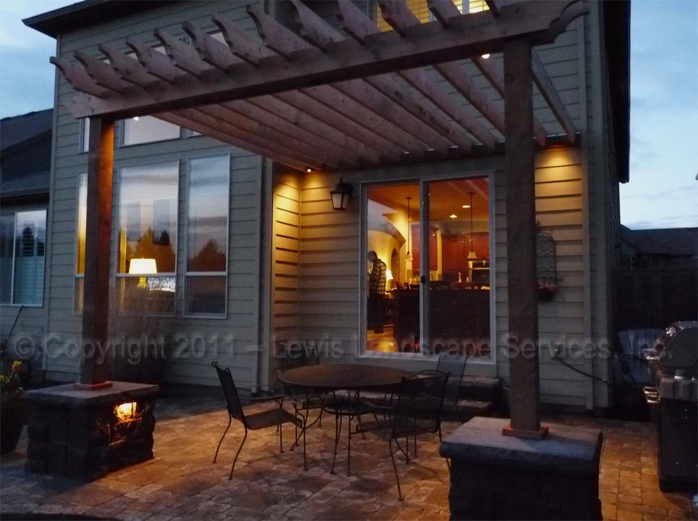 Outdoor-living-spaces-paver-patios-driveways-pathways-furino-project-spring-2011 005