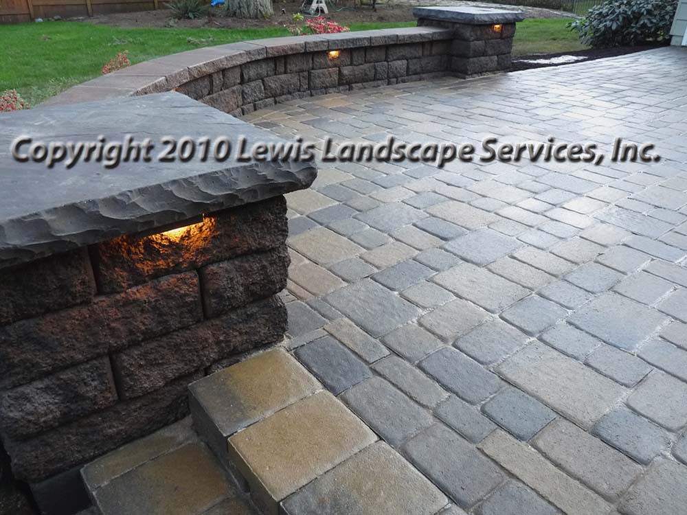 Outdoor-living-spaces-paver-patios-driveways-pathways-johnston-project-spring-2010 000