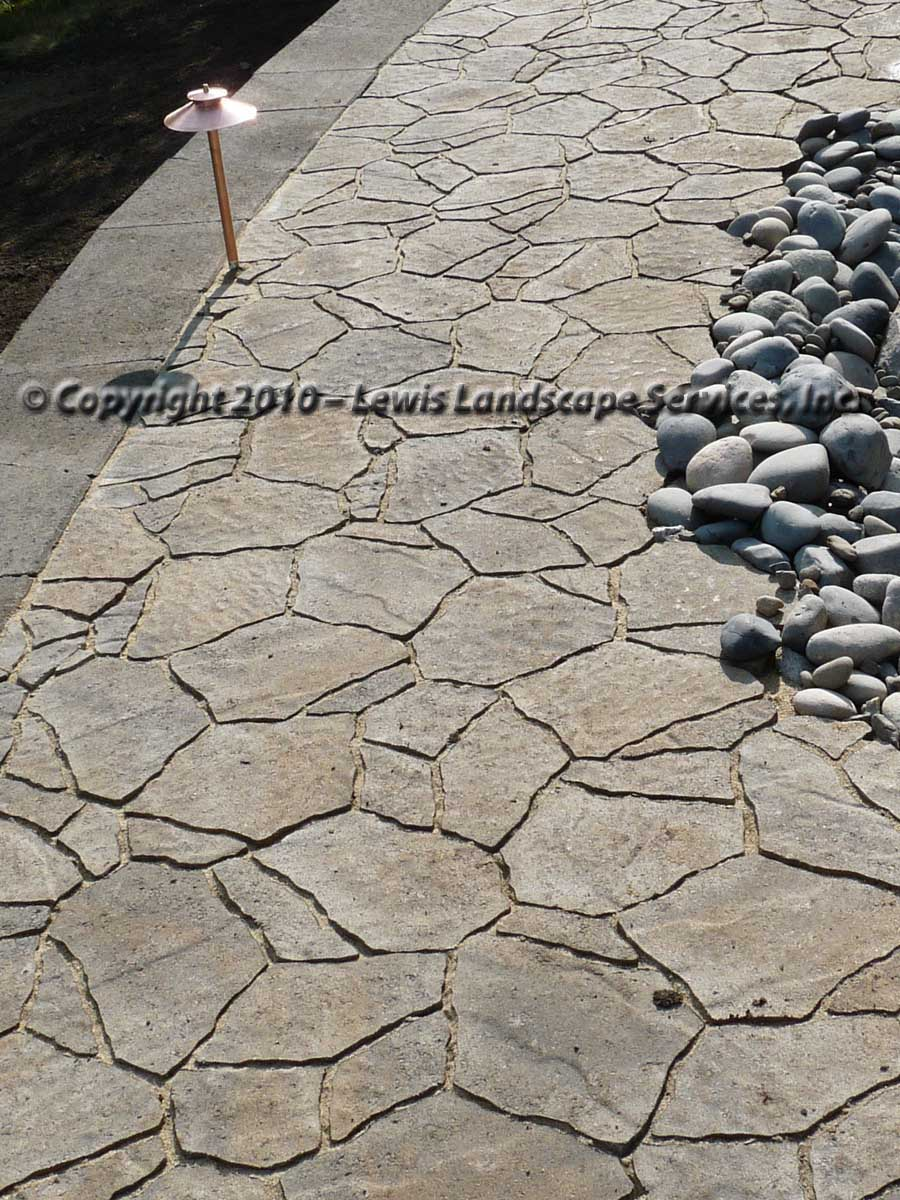 Outdoor-living-spaces-paver-patios-driveways-pathways-joyce-project-summer-2009 000