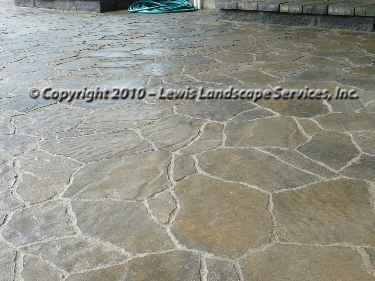 Outdoor-living-spaces-paver-patios-driveways-pathways-joyce-project-summer-2009 003