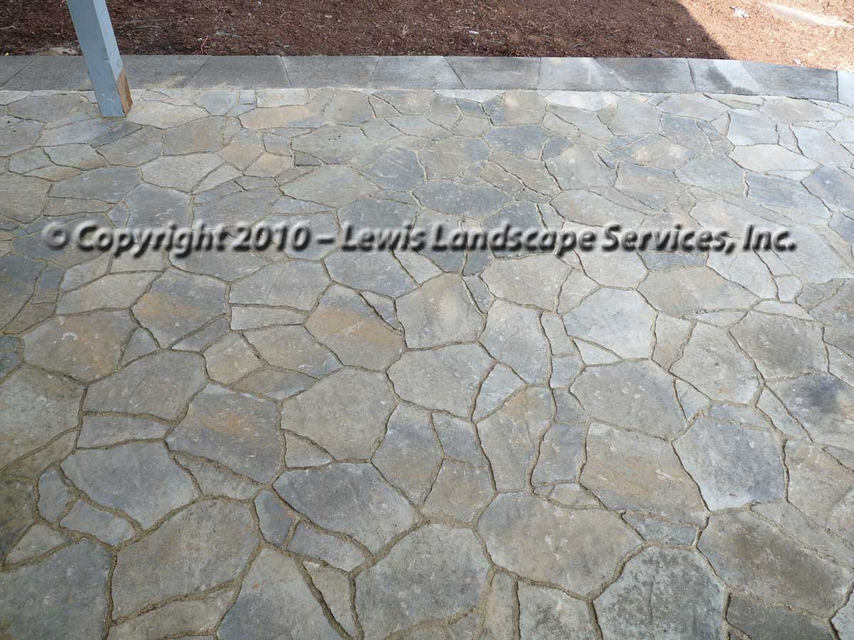 Outdoor-living-spaces-paver-patios-driveways-pathways-joyce-project-summer-2009 005
