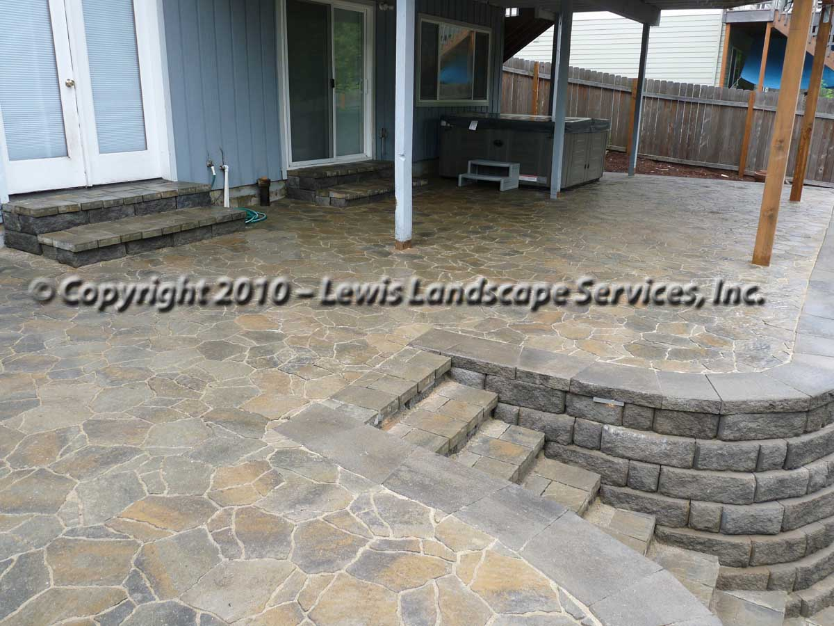 Outdoor-living-spaces-paver-patios-driveways-pathways-joyce-project-summer-2009 007