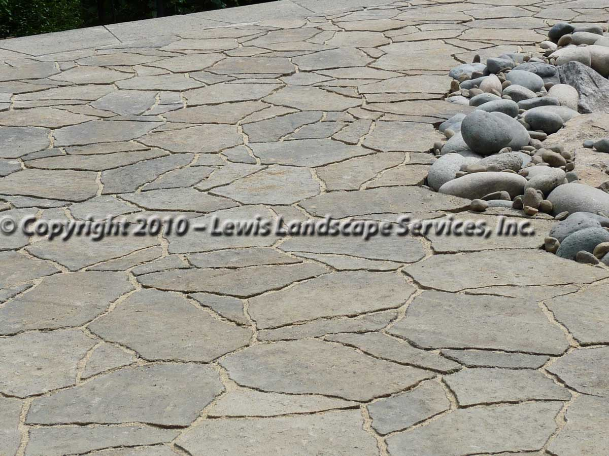 Outdoor-living-spaces-paver-patios-driveways-pathways-joyce-project-summer-2009 008