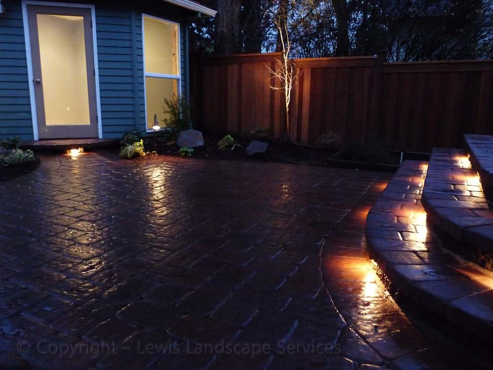 Outdoor-living-spaces-paver-patios-driveways-pathways-judkins-project-fall-2010 000