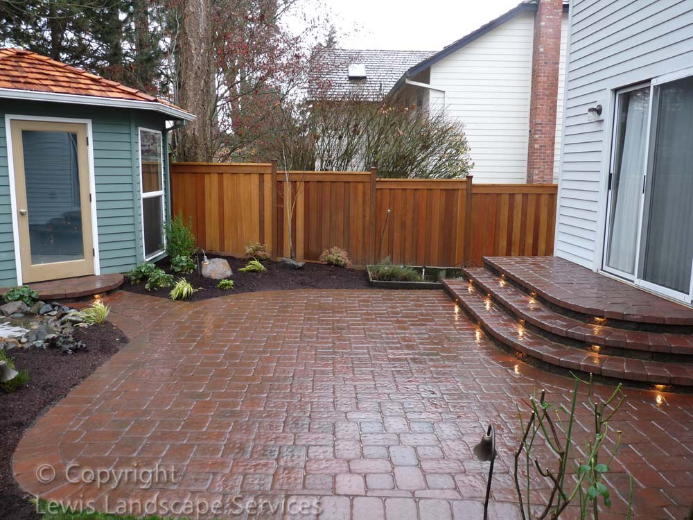 Outdoor-living-spaces-paver-patios-driveways-pathways-judkins-project-fall-2010 003