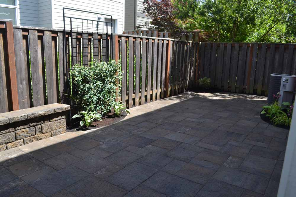 Outdoor-living-spaces-paver-patios-driveways-pathways-kathrein-project-summer-14 001