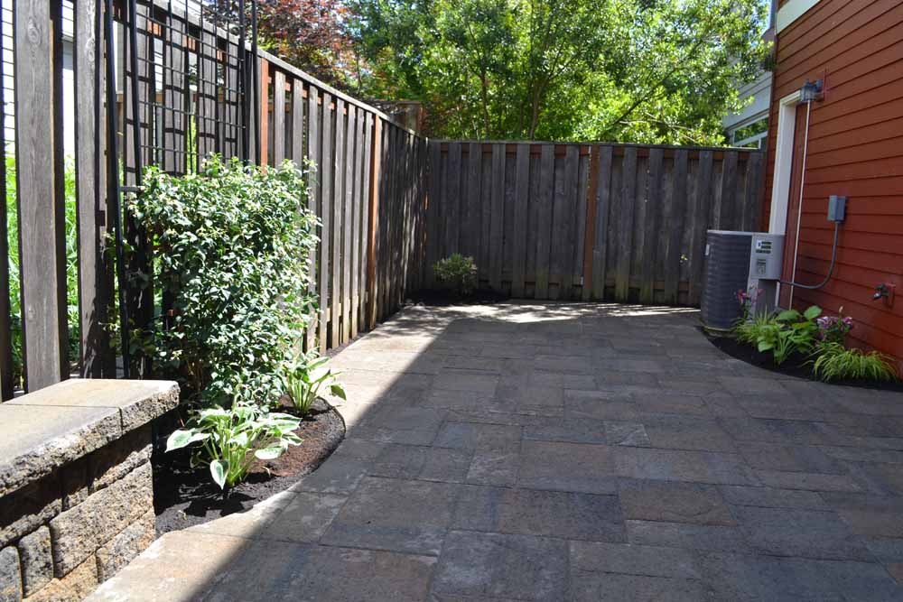 Outdoor-living-spaces-paver-patios-driveways-pathways-kathrein-project-summer-14 003