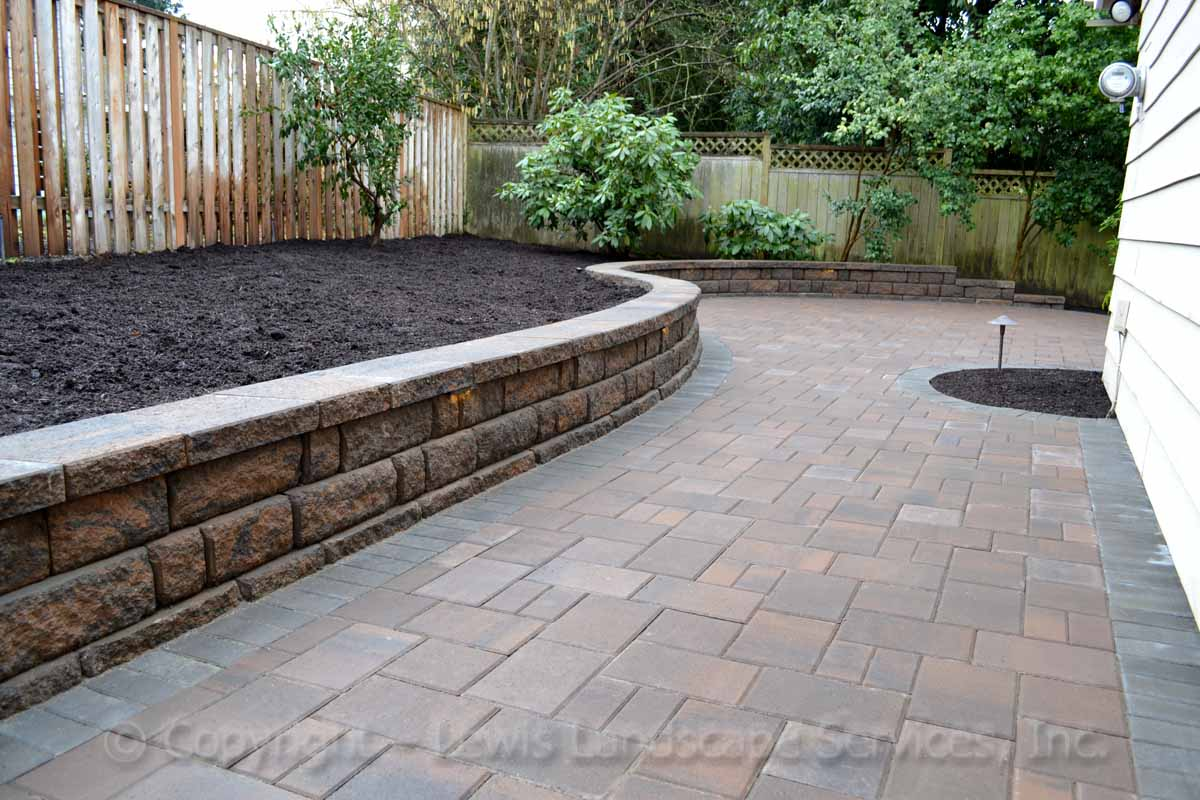 Outdoor-livingPaver Patio & Pathway, Seat Wall/Retaining Wall-spaces-paver-patios-driveways-pathways-kurtz-project-winter-2012 015