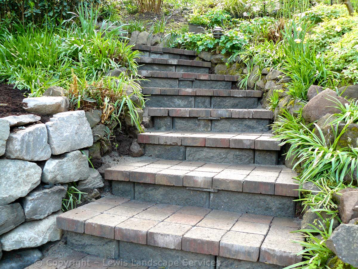 Paver Steps Going Up to Back Yard