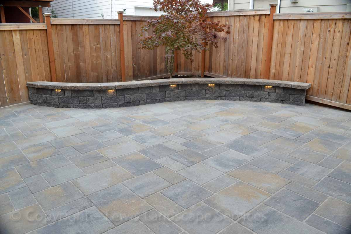 Paver Patio, Seating Wall with Built In Lights