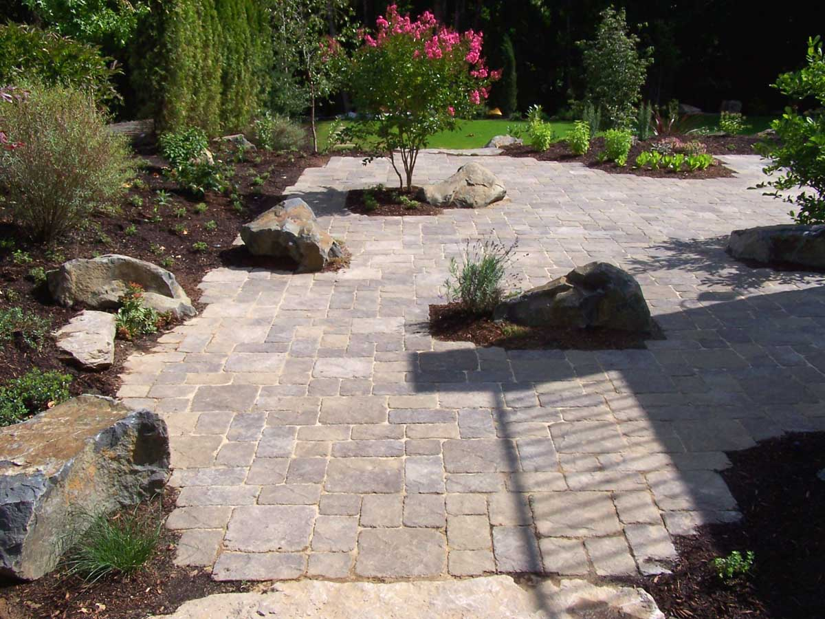 Paver Patio, Surrounding Landscaping & Rock Accents