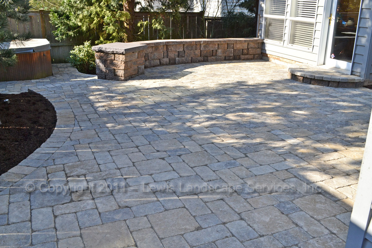 Paver Patio, Landing, Seat Wall