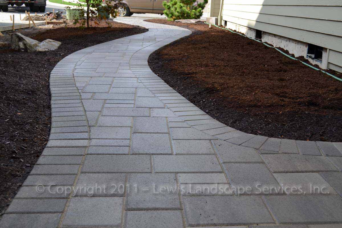 Outdoor-living-spaces-paver-patios-driveways-pathways-outdoor-living-spaces-paver-patios-driveways-pathways 004