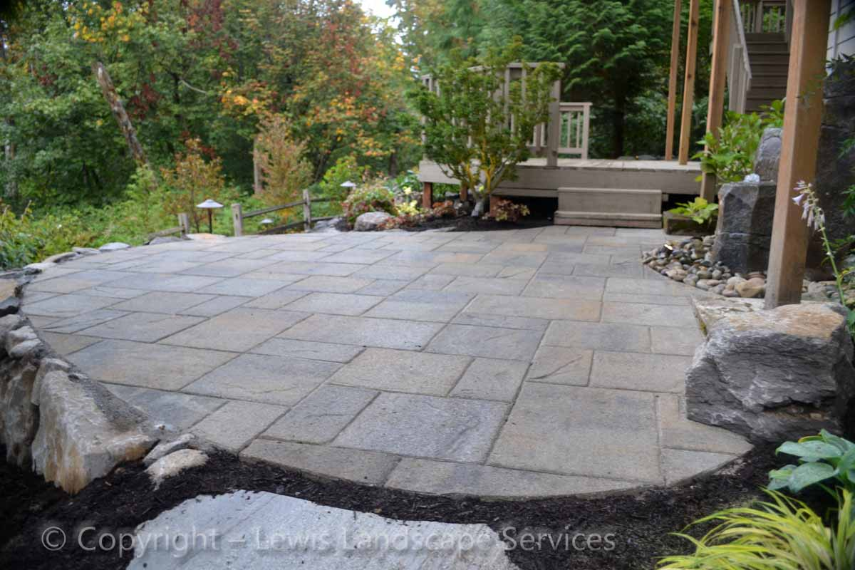 Outdoor-living-spaces-paver-patios-driveways-pathways-outdoor-living-spaces-paver-patios-driveways-pathways 006