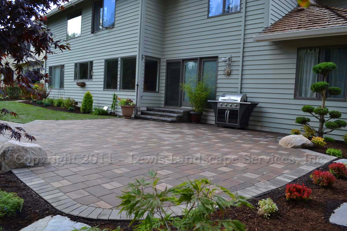Paver Patio, Steps to Back Door, Landscaping