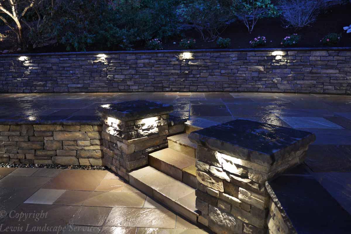 Columns & Walls at Night Time