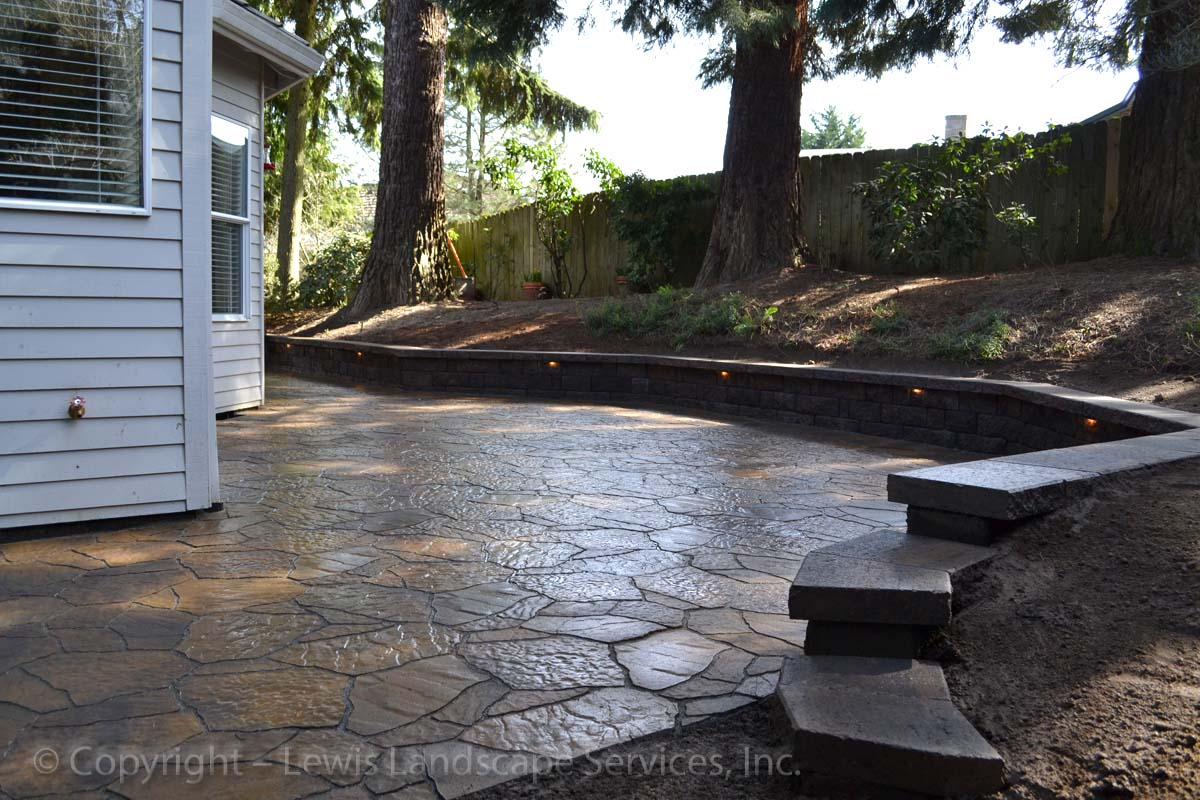 Outdoor-living-spaces-paver-patios-driveways-pathways-reilly-project-spring-2012 001