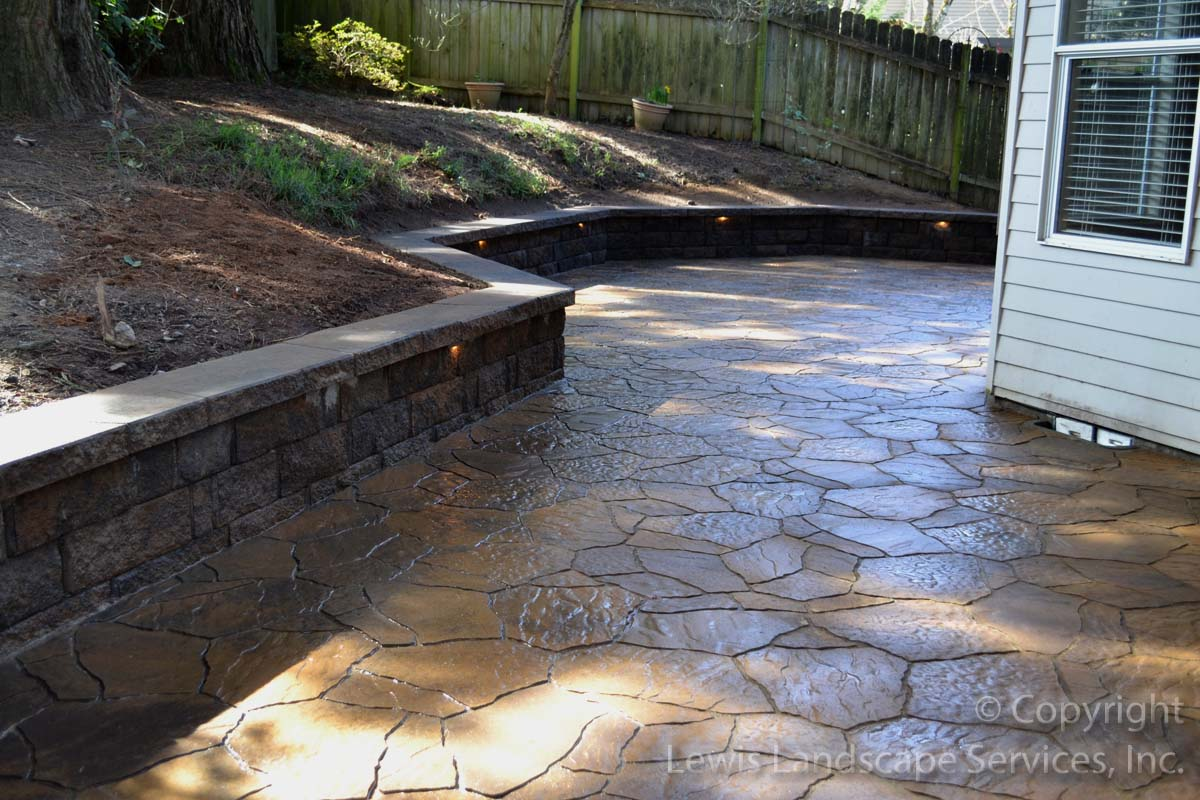Outdoor-living-spaces-paver-patios-driveways-pathways-reilly-project-spring-2012 002